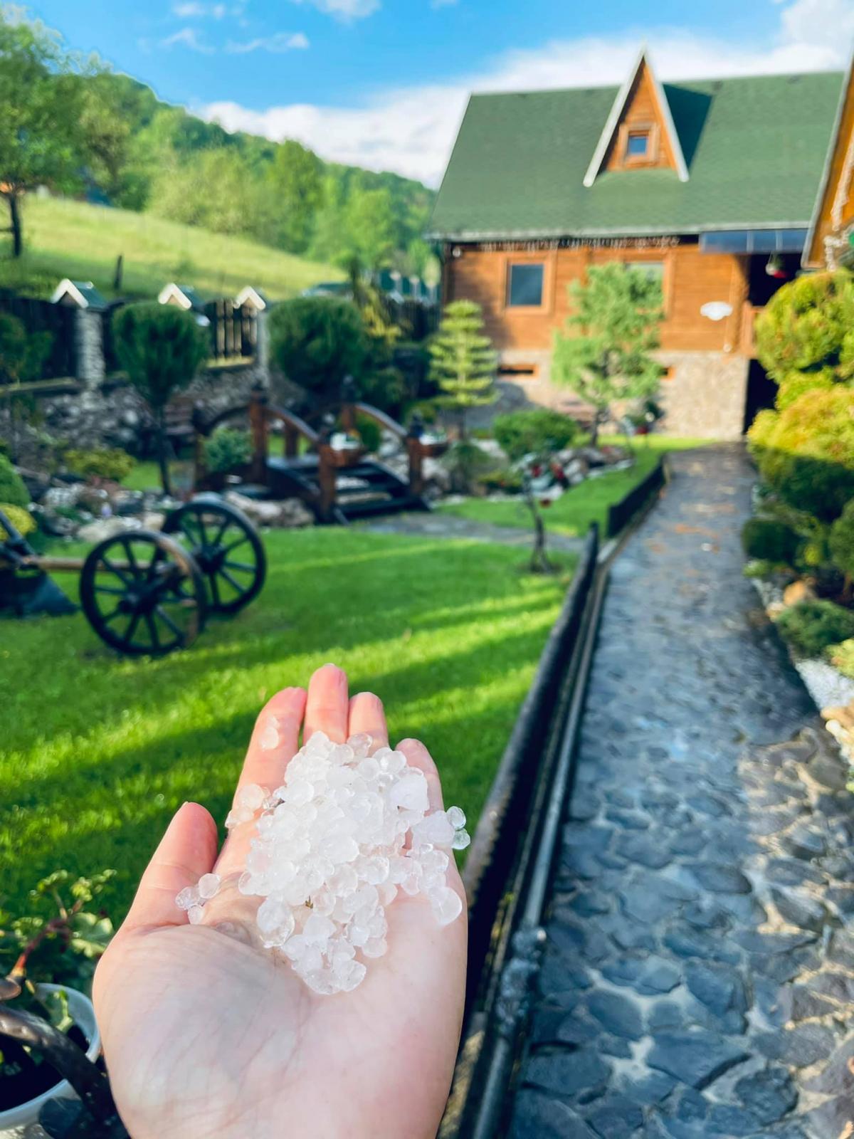 На Закарпатье всегда очень переменчивая погода / Фото горнолыжный комплекс Великий / facebook.com/velykiy.in.ua/