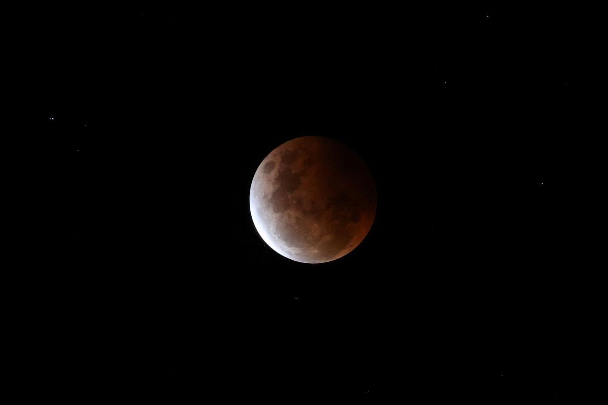 Управитель повного місяця 24 червня 2021 - Сатурн / REUTERS