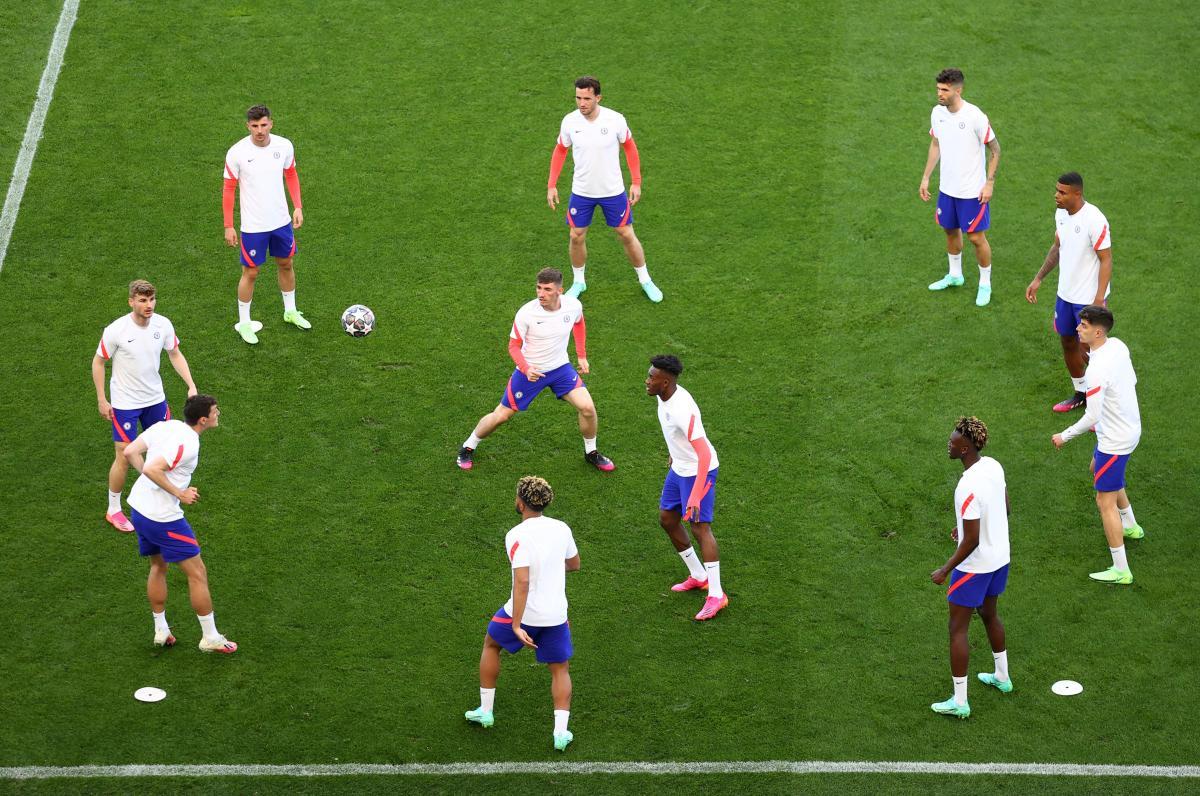Тренировка Челси накануне игры / фото REUTERS