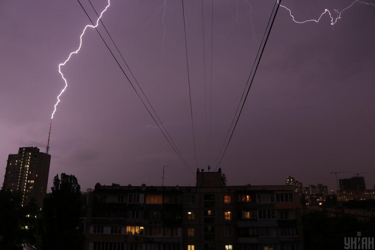 В Киеве ожидается гроза / фото УНИАН, Денис Прядко