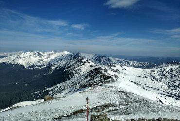 У Карпатах поступово тане сніг, температура підвищилася до 0° (фото)