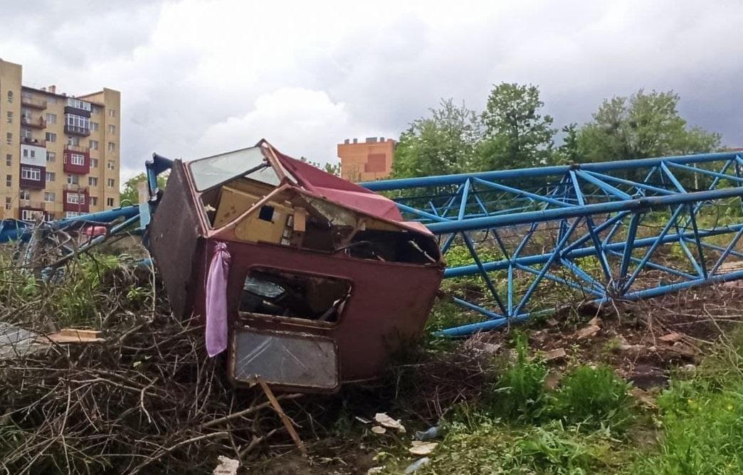 падение строительного крана