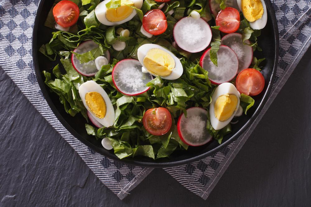 Салат с редиской рецепт / фото ua.depositphotos.com
