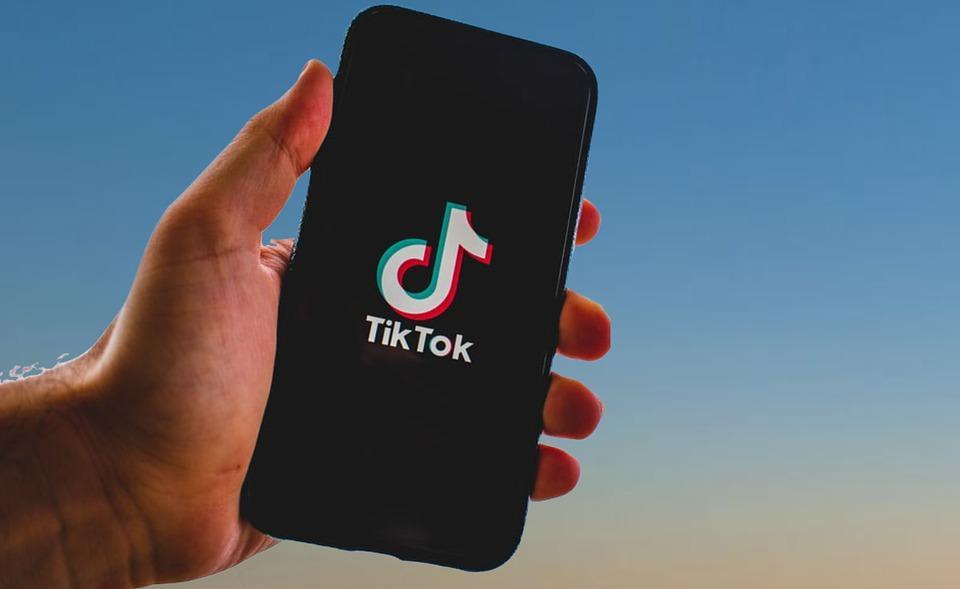 Сам ТikTok еще не предоставил хороших рекламных инструментов / фото pixabay.com