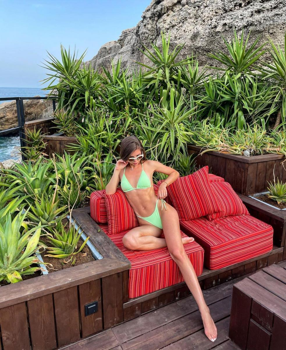 фото instagram.com/annarebrova31