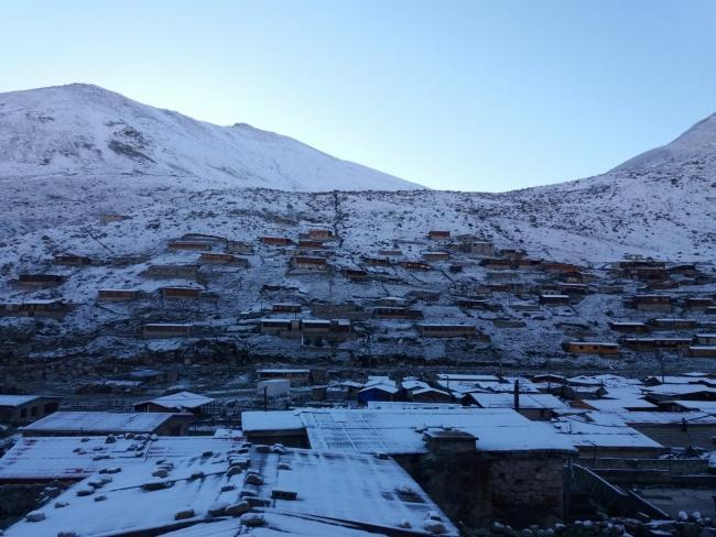 Высота снежного покрова достигала 4 сантиметров / фото DHA