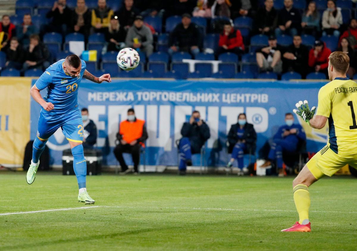 Олександр Зубков забив дебютний гол у матчі з Північною Ірландією/ фото REUTERS