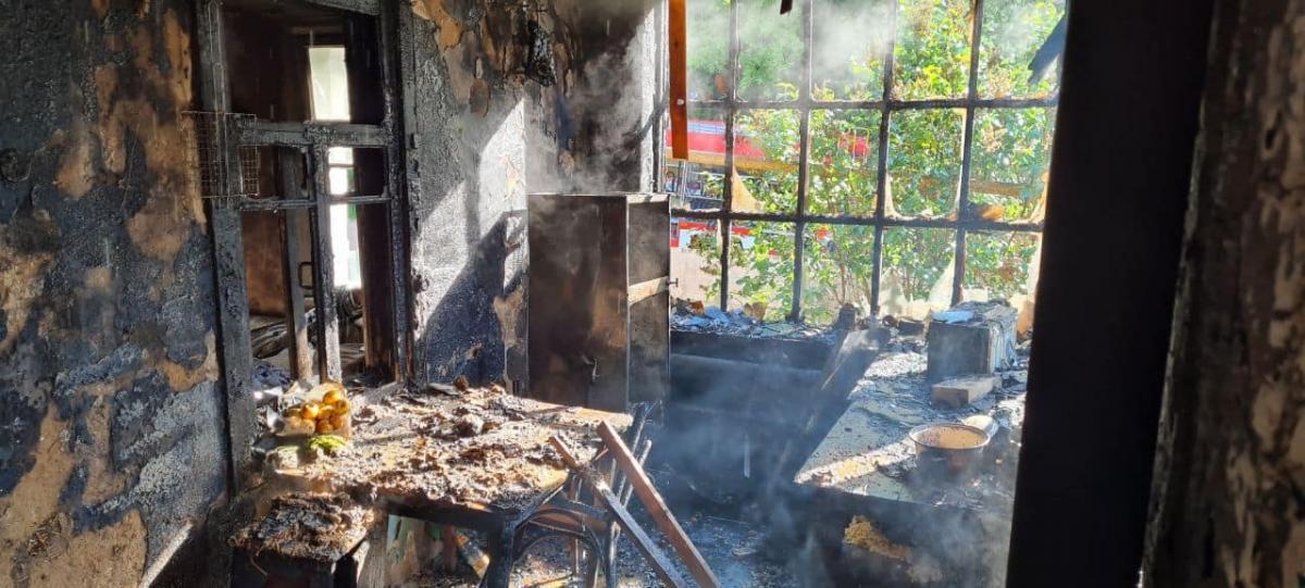 Вызов о пожаре поступил на номер 101 около семи часов утра \ фото kh.dsns.gov.ua