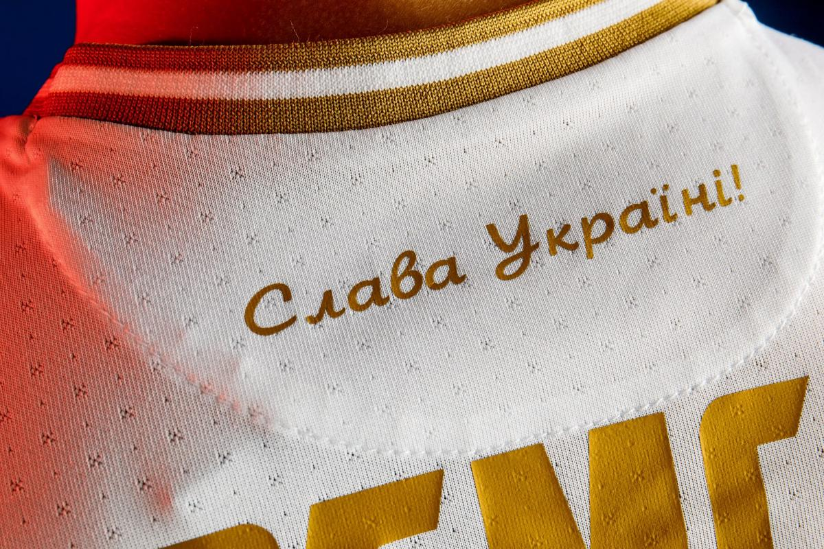 У МЗС оцінили нову форму збірної України з футболу / фото facebook.com/andriy.pavelko