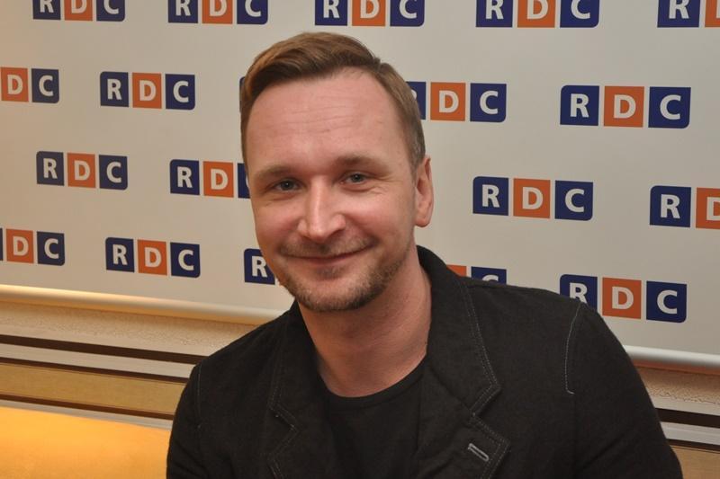 Адам Бадовский руководил созданием Cyberpunk 2077 и хотел сделать игру ближе к GTA V / скриншот
