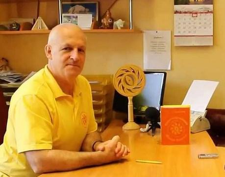 Главный и единственный врач - Александр Филатович / фото ar25.org
