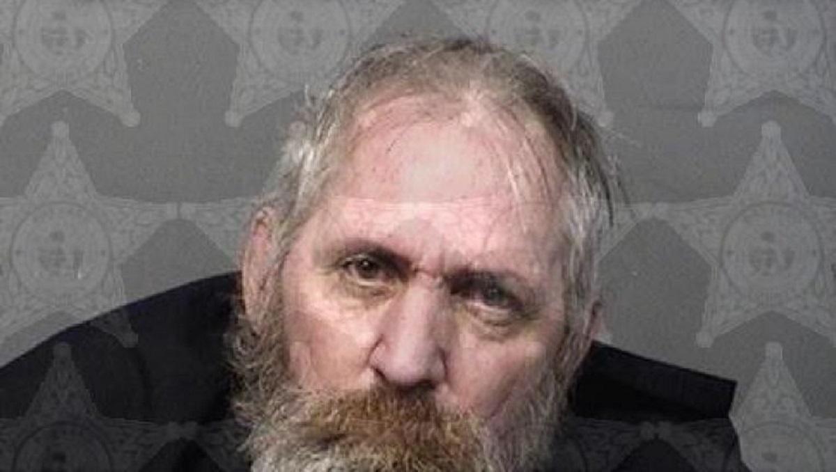 У Флориді через пульт від телевізора чоловік напав на товариша з мечем / фото fox35orlando.com