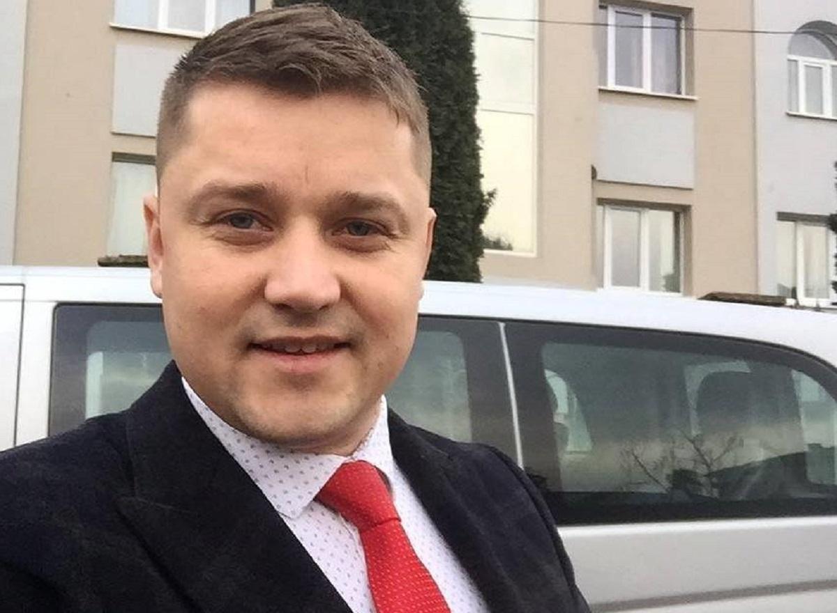 Мэр объяснил, что имел разговор с ромами и просил их убраться из города / facebook.com/tretyak.alex