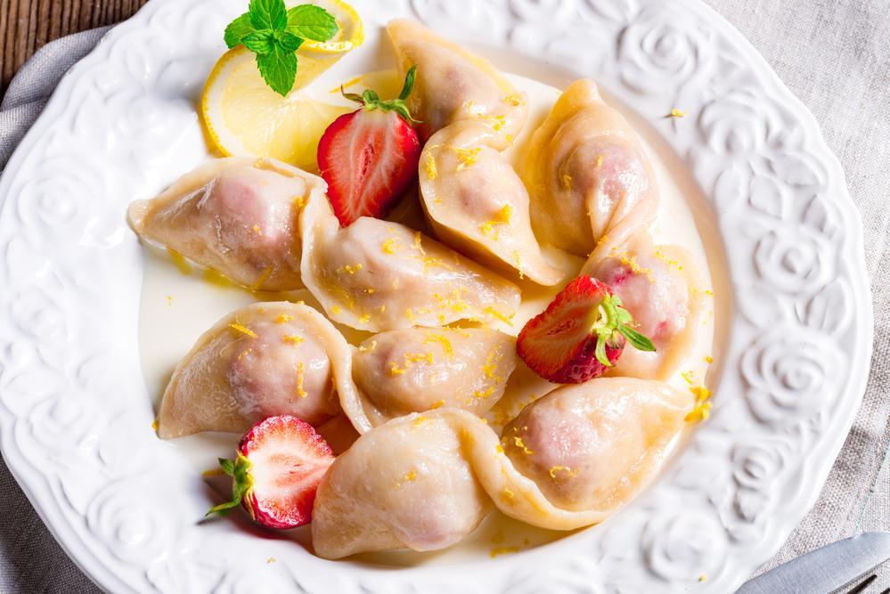 Рецепт вареників з полуницею / фото ua.depositphotos.com