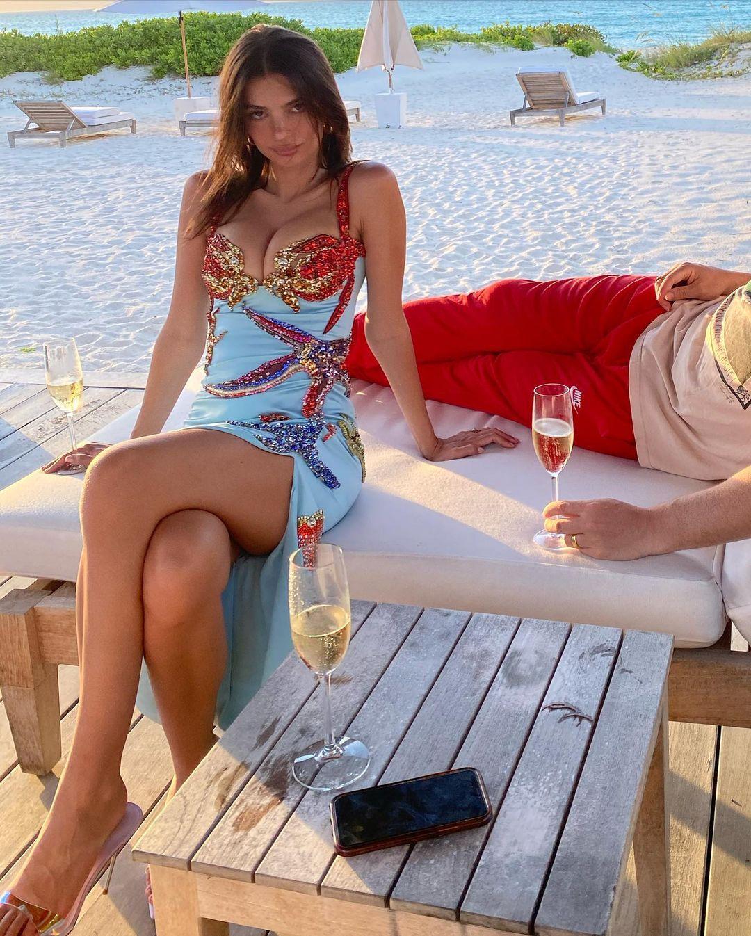 Эмили Ратаковски / фото instagram.com/emrata