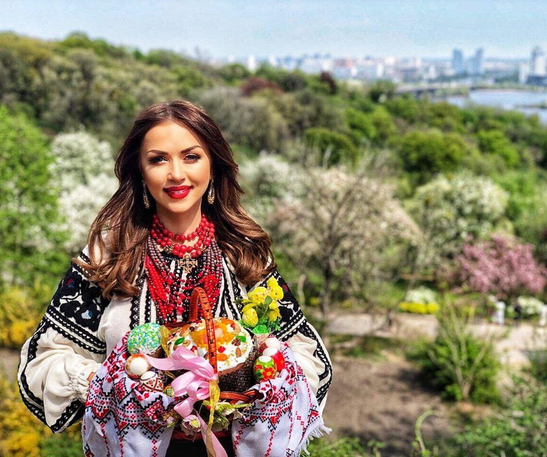 Валевская выпустила новый клип / instagram.com/valevska_official