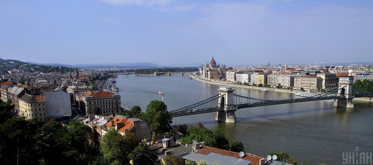 Венгрия признала украинские паспорта вакцинации / фото УНИАН, Янош Немеш