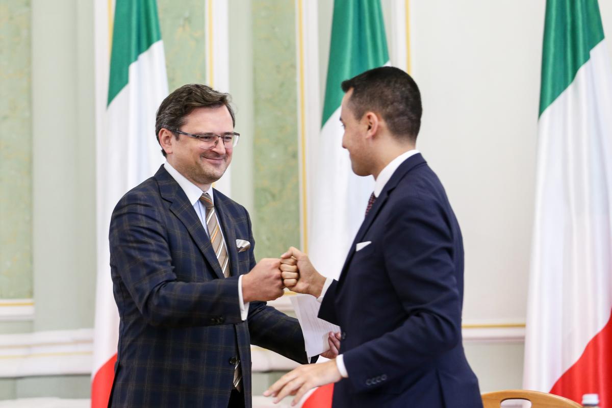 Голова МЗС України Дмитро Кулеба і голова МЗС Італії Луїджі Ді Майо