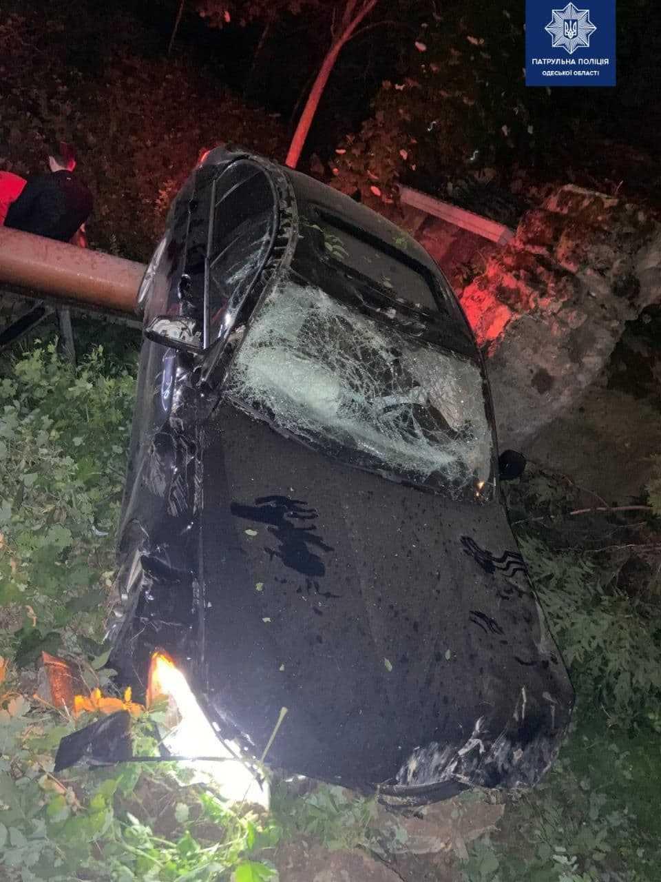 В результаті ДТП, постраждала пасажирка іномарки / фото Управління патрульної поліції в Одеській області
