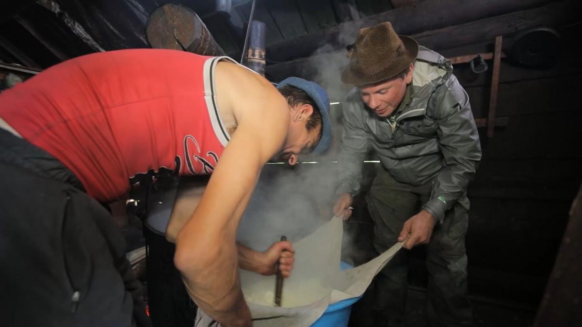 Дмитрий Комаров в Карпатах / фото пресс-службы «1+1»