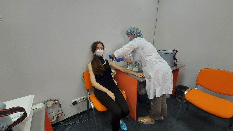 В Минздраве рассказали, Может ли стать вакцинация от коронавируса ежесезонной / фото suspilne.media