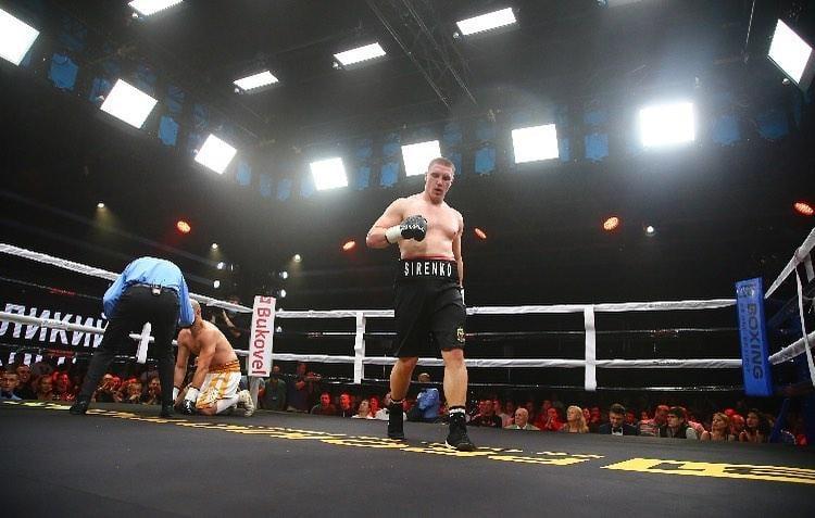 Владислав Сиренко выиграл в главном бою вечера / фото В1 Boxing Promotions