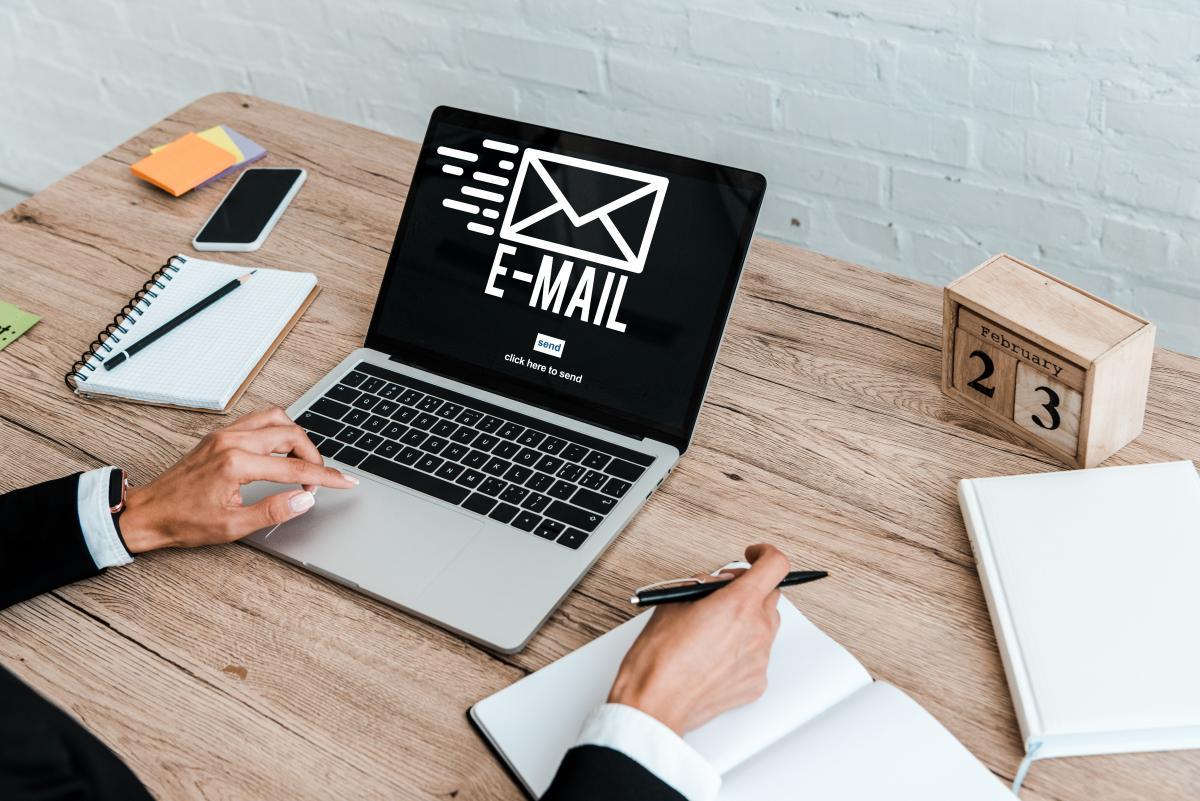 Запровадження адреси офіційної електронки має сприятишвидшій та ефективнішій комунікації / фото ua.depositphotos.com