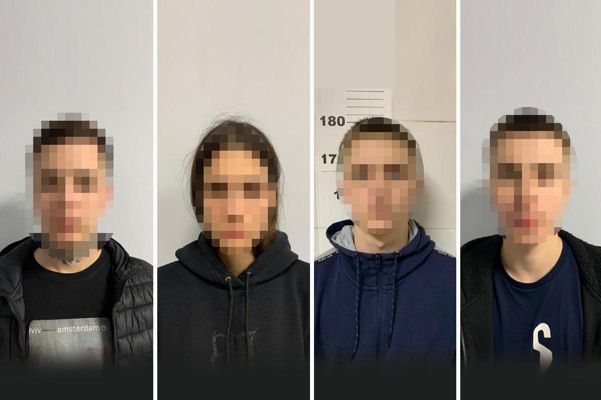 Зловмисників затримали зі спецназом / фото Нацполіції, колаж - УНІАН