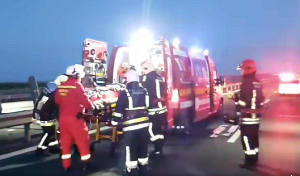 Принаймні одна людина загинула і 16 отримали поранення в аварії в Румунії / скріншот, ISU ARAD, Facebook