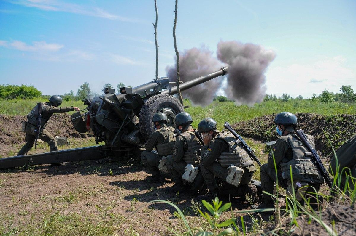 Украинские бойцы дают достойный огневой ответ врагу / фото УНИАН