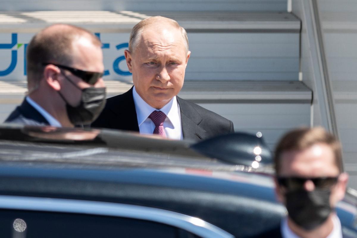 Путін обожнює Сталіна - Саакашвілі / REUTERS
