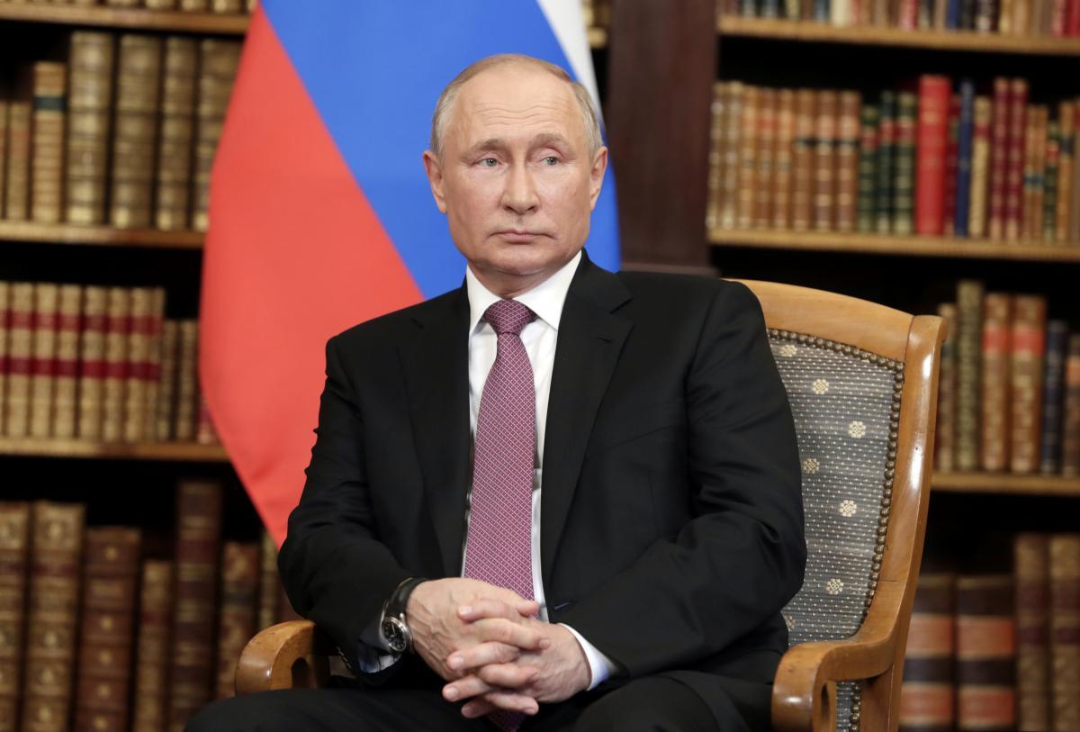 """По мнению Путина, украинские власти решили обосновать независимость Украины""""отрицаниемее прошлого"""" / фото - REUTERS"""