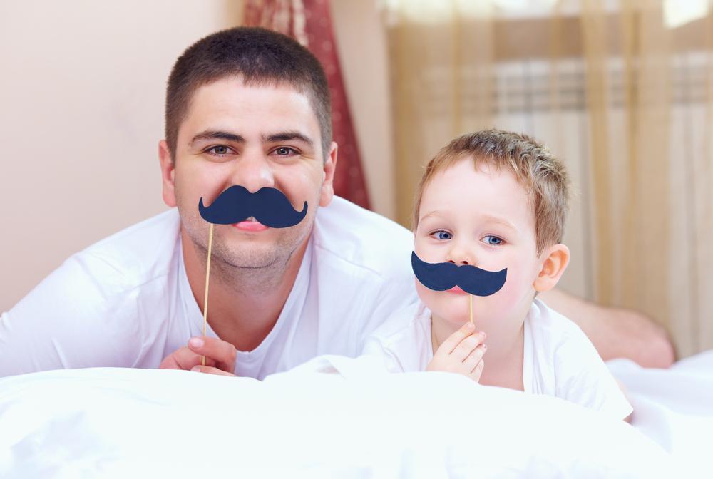 """В ВР предлагают ввести почетное звание """"Отец-герой"""" / фото ua.depositphotos.com"""