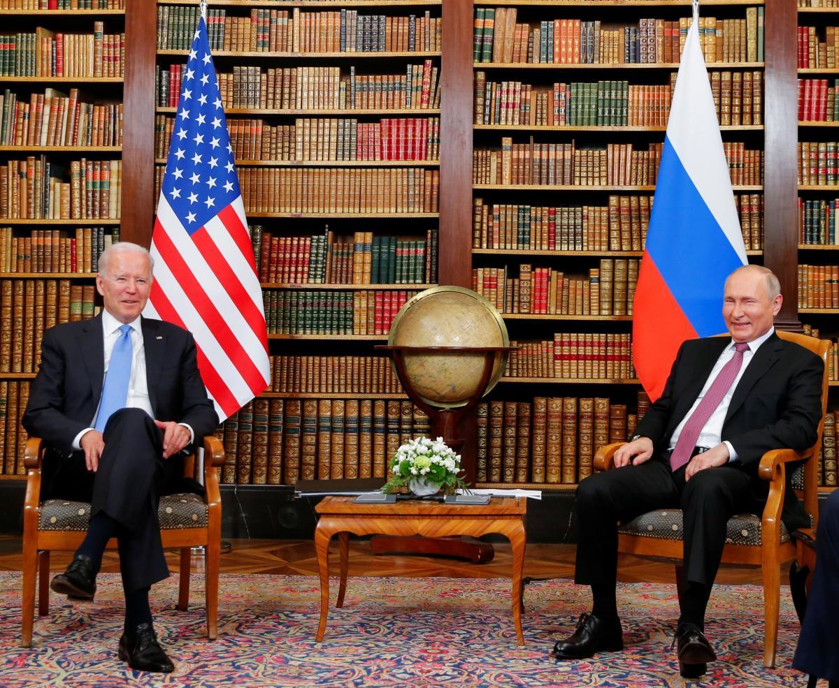 Джо Байден і Володимир Путін провели переговори в Женеві 16 червня/ фотоREUTERS