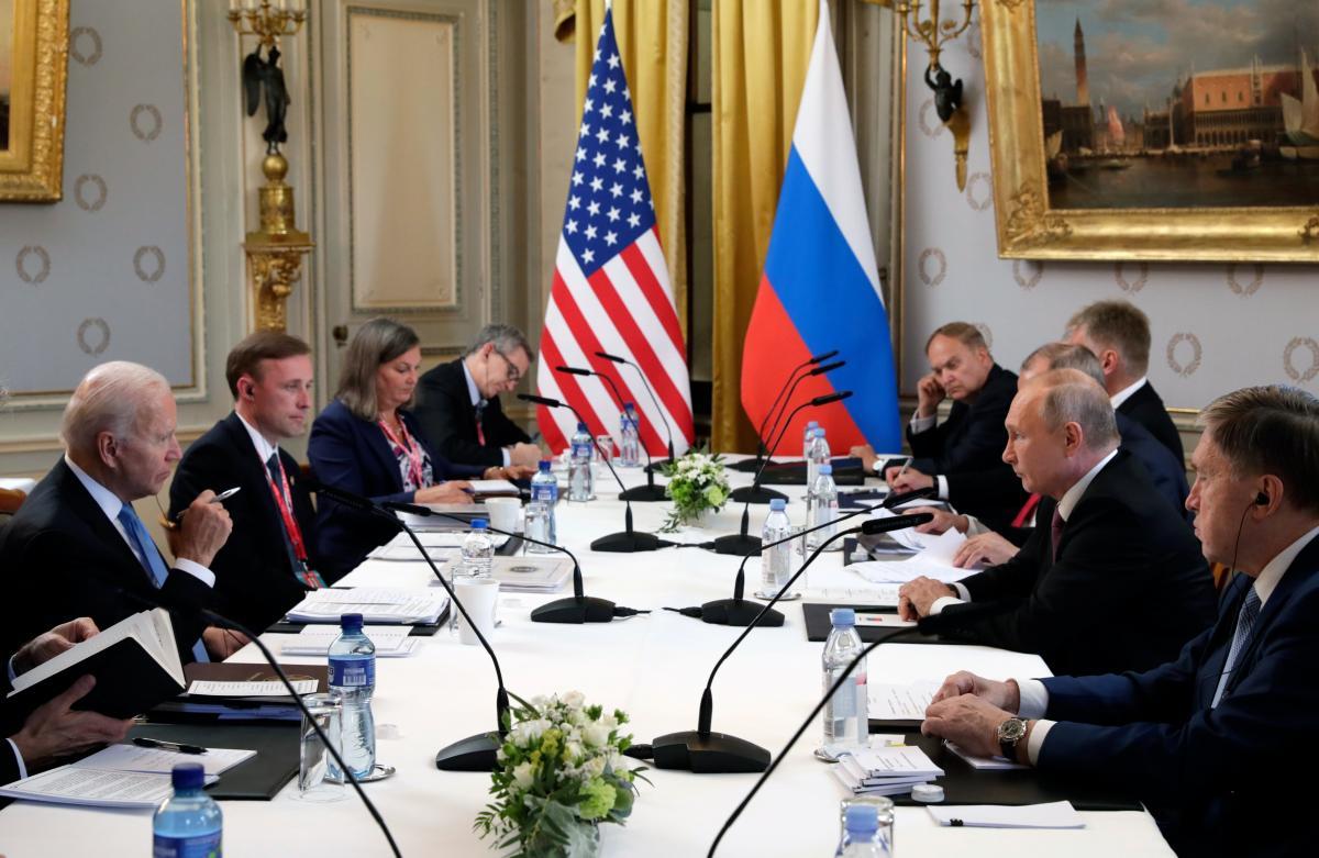 Джо Байден и Владимир Путин провели переговоры в Женеве 16 июня / Reuters