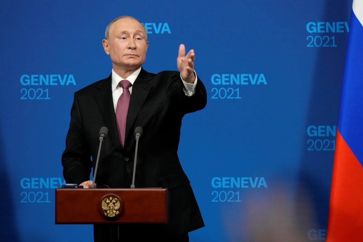 """Путин назвал россиян и украинцев """"одним народом"""" / фото Reuters"""