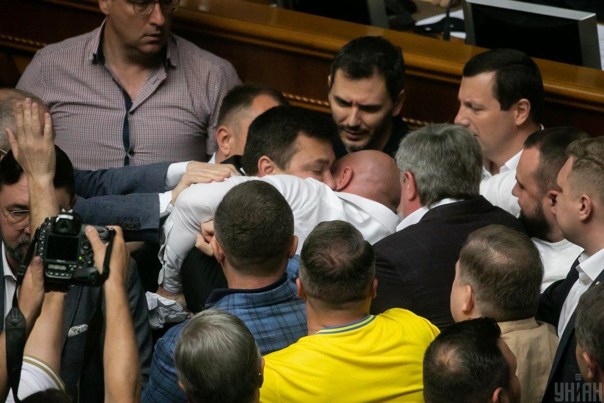1 липня Верховна Рада прийняла в першому читанні президентський законопроект про олігархів / фото УНІАН, Завгородній Євген