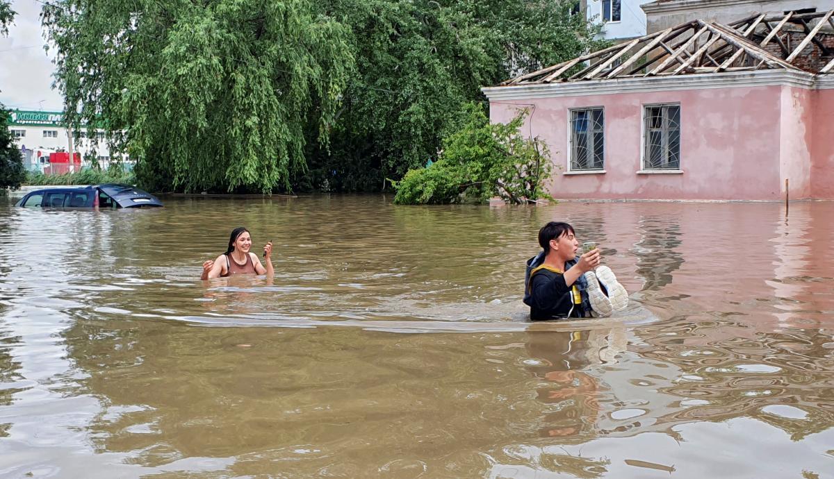 17 червня Керч затопило / Фото: REUTERS
