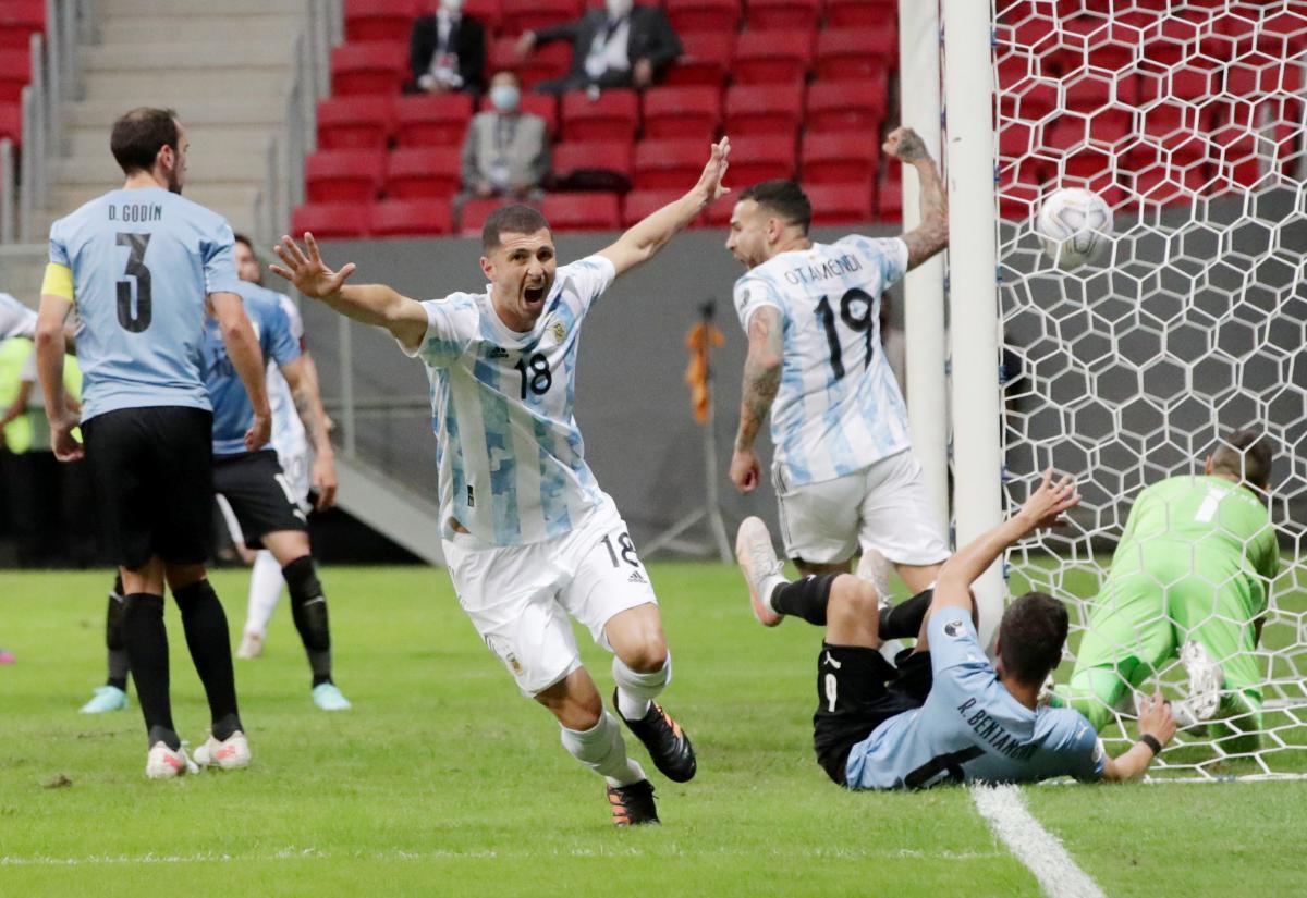 Гвидо Родригес забил победный гол после паса Месси / фото REUTERS