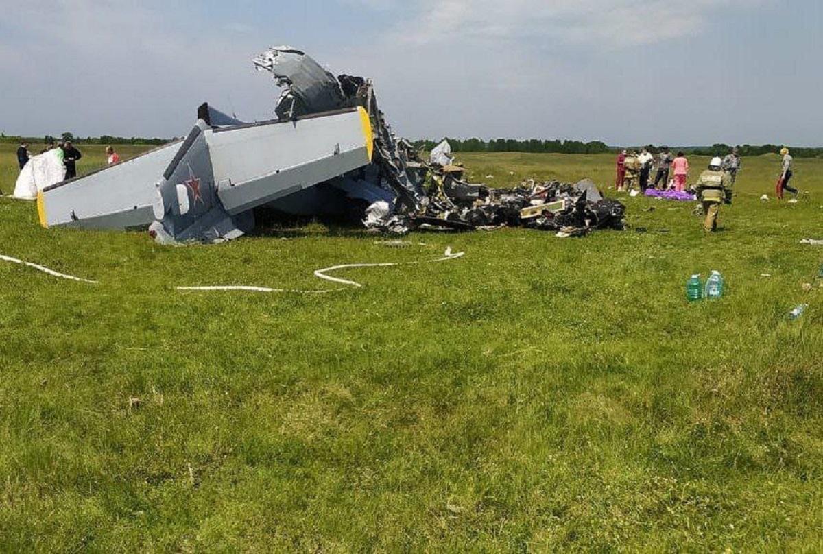 17 people on board were paratroopers, two - pilots / instagram.com/sergey_tsivilev