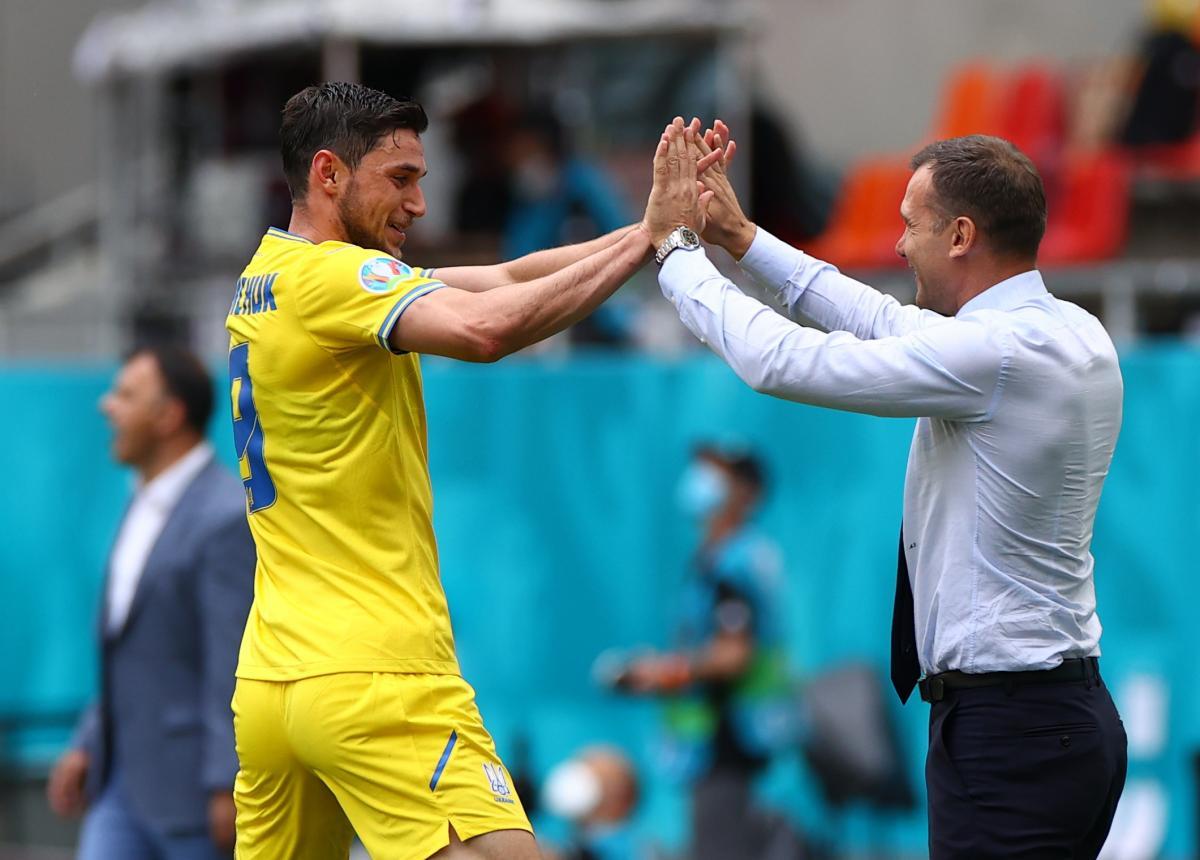 Яремчук догнал Шевченко по количеству забитых голов на чемпионатах Европы / фото REUTERS