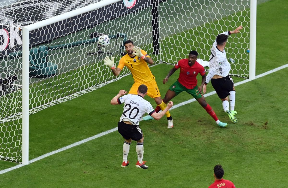Робин Гозенс забил четвертый гол Германии / фото REUTERS