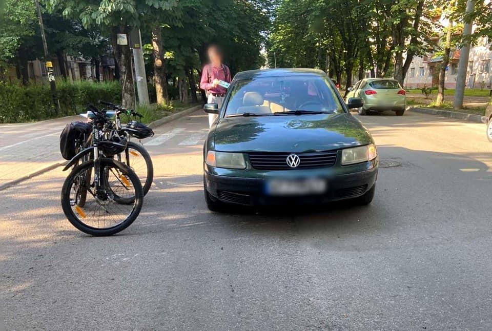 Хлопчика, який потрапив в аварію, госпіталізували/ фото facebook.com/frankivsk.police