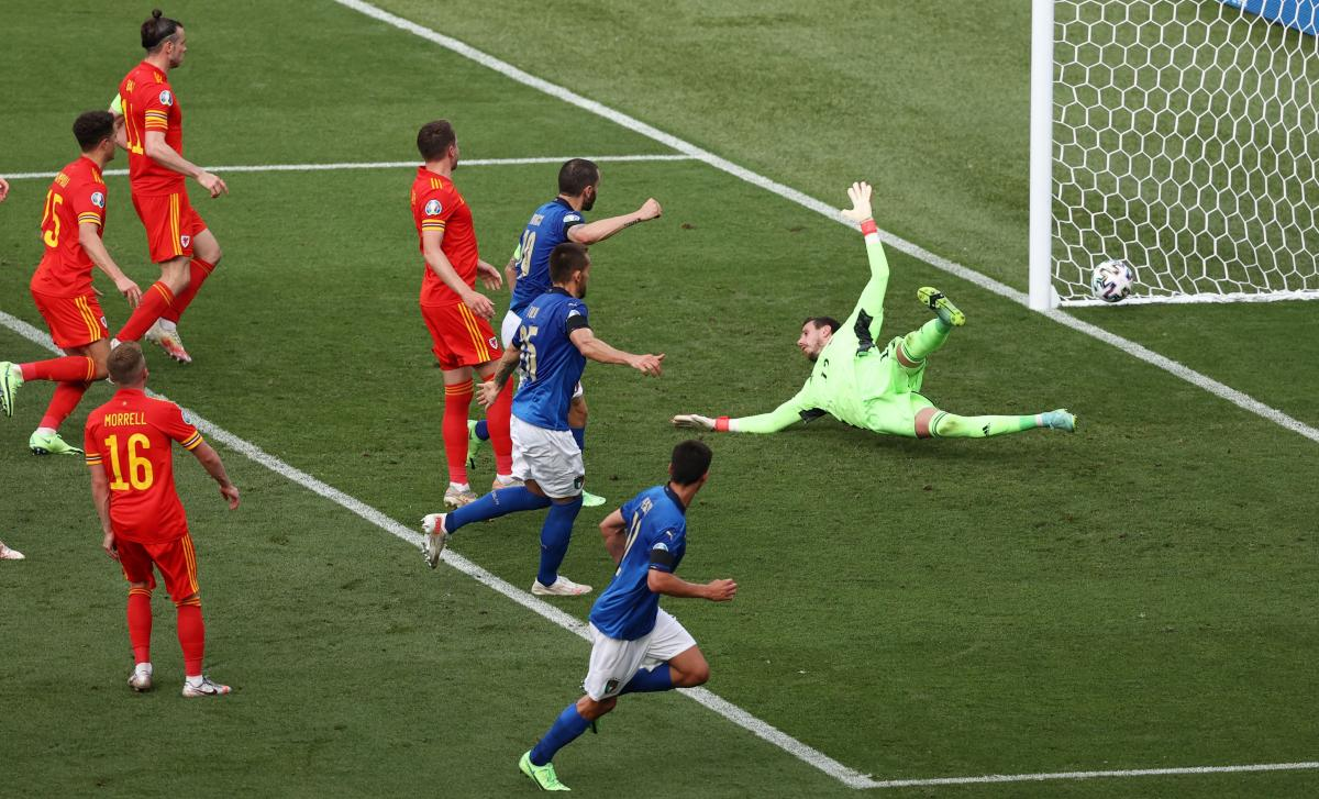 Единственный гол в матче / фото REUTERS