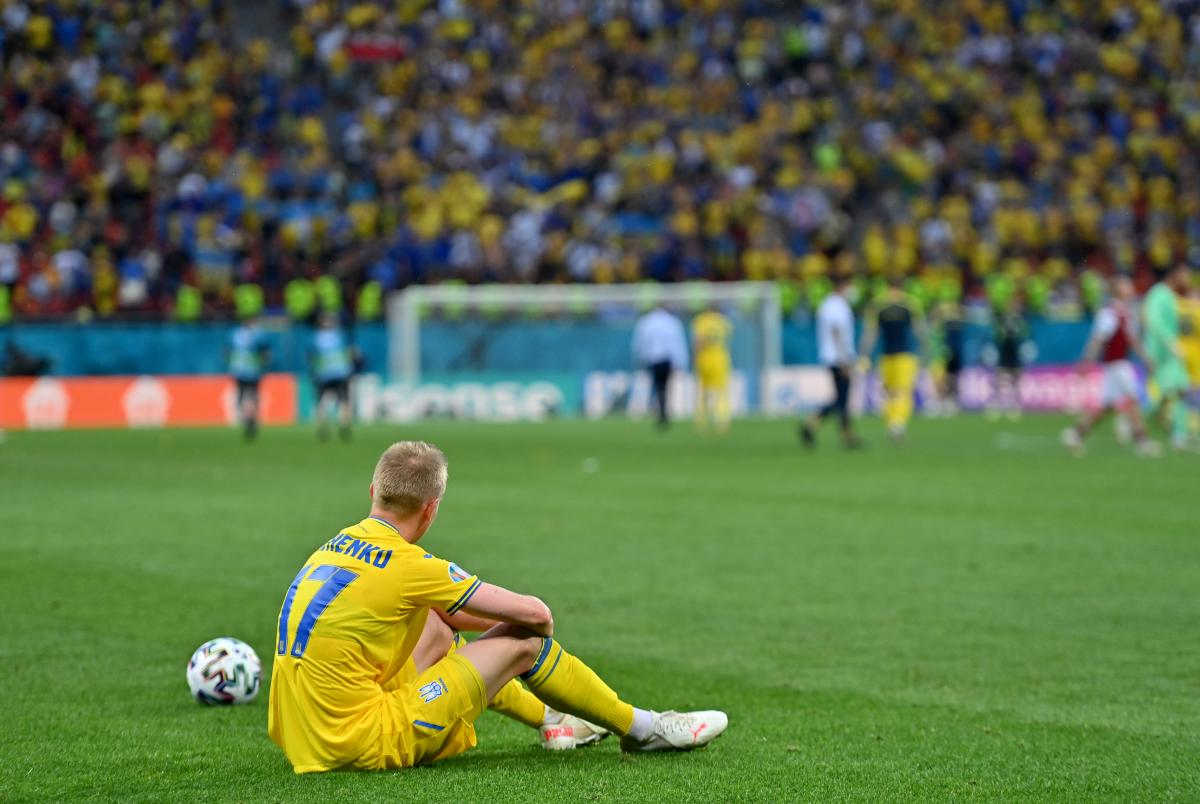 Олександр Зінченко був після гри в гіркому розпачі / фото REUTERS