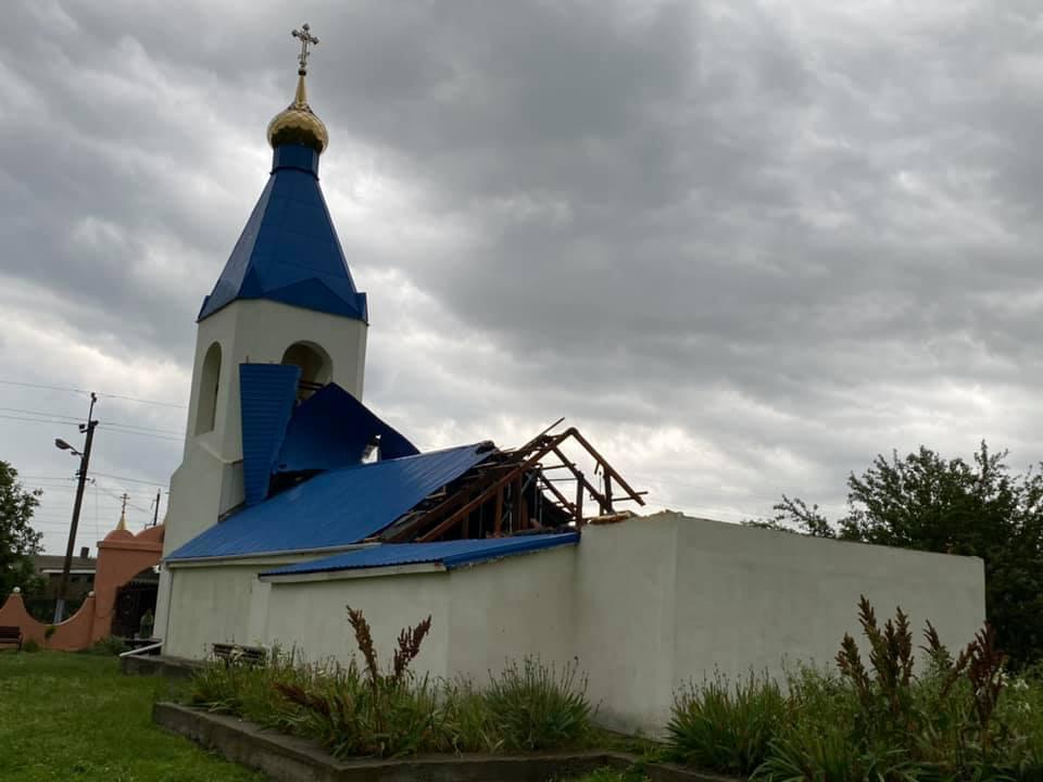 В Салганах Одесской области бушевал смерч / фото Сергей Кравченко