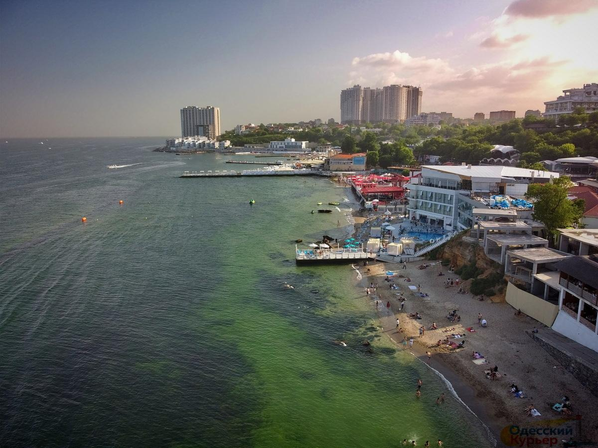 Багато пляжів в Одеській області заборонені для купання, особливо в Затоці / фото Одесский курьер