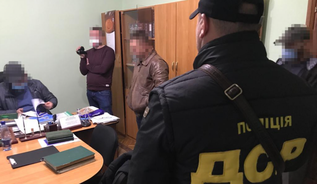 Керівника СІЗО на Закарпатті підозрюють у привласненні бюджетних коштів/ Нацполіція