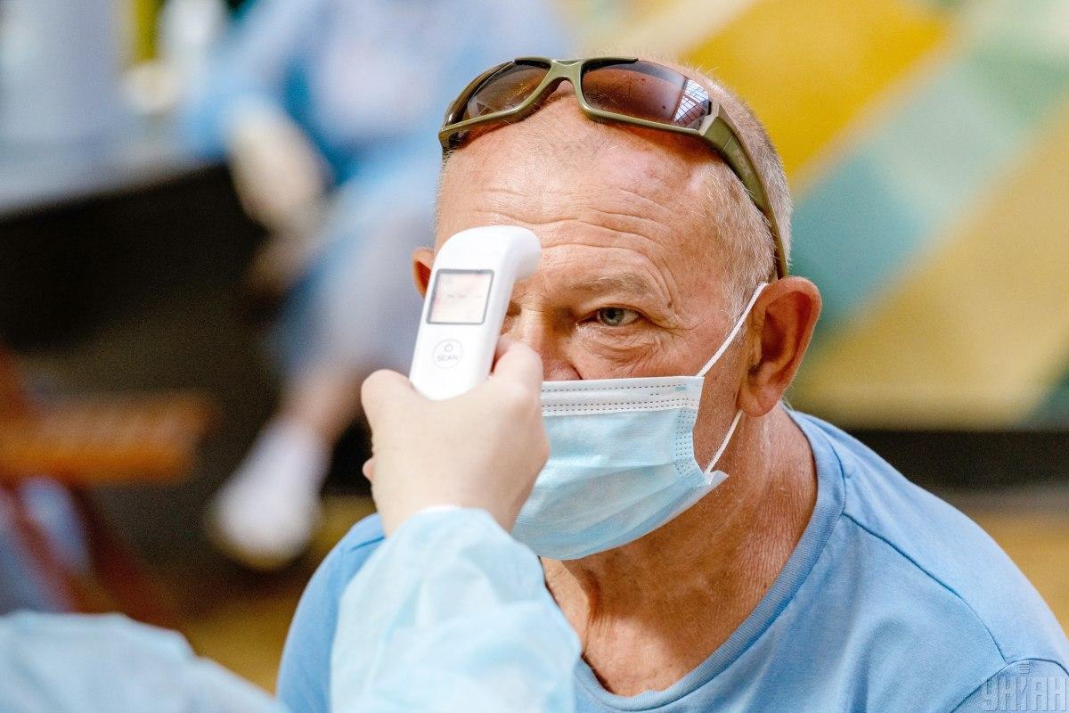 Багато українців вже перехворіли на коронавірус / фото УНІАН