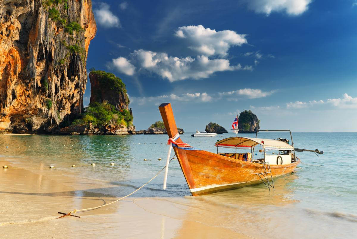 Таиланд решил ослабить условия въезда / фото ua.depositphotos.com